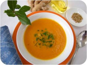 DSCN5150 Karottensuppe rund
