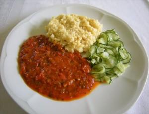 Hirse mit Tomatensoße Kinder essen DSCN8174a 800x600